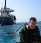 Prof Peter Mumby, Marine Spatial Ecology Lab, School of Biological Sciences, University of Queensland, Brisbane